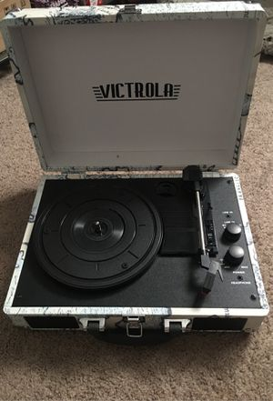 Victrola Vinyl Récord Player for Sale in Vallejo, CA