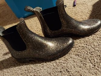 Women's Rain Boots Size 9 for Sale in Gresham,  OR
