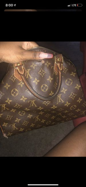 Speedy Louis Vuitton bag for sale! SERIOUS INQUIRES ONLY for Sale in Owings Mills, MD