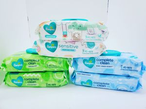 Pampers baby wipes for Sale in Miami, FL