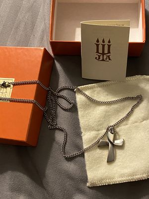 James Avery Cross Charm & Necklace for Sale in Converse, TX