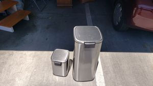 Step on trash cans- 2 sizes for Sale in Pleasanton, CA