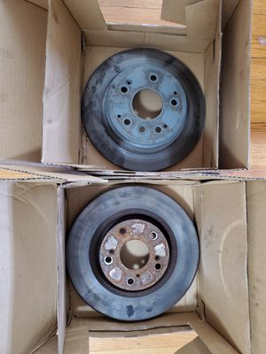 2004 Acura TL used Brake rotors and Calipers FREE for Sale in Windsor Locks, CT
