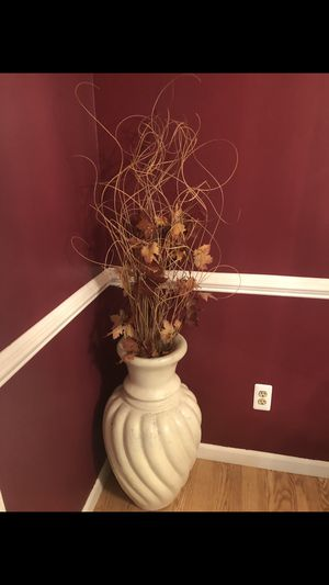 IKEA Large Floor vase decoration for Sale in Shelby Charter Township, MI