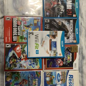 5 Nintendo Wii U Games And 4 Wii Games. Best Of The Games. for Sale in Queens, NY