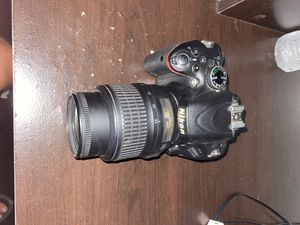 Camra Nikon d5100 for Sale in Tampa, FL