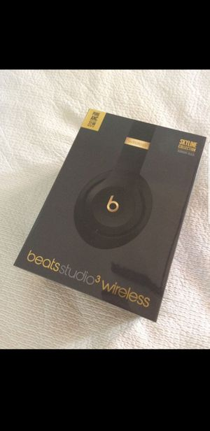 Gold beats studio wireless headphones for Sale in Everett, WA