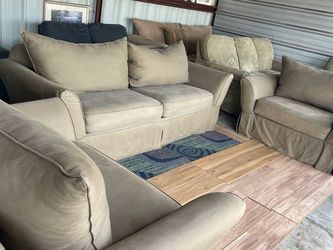 Kroehler Sofa Set with Queen Pull Out Bed for Sale in Winter Garden,  FL