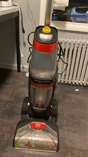 BISSELL PRO HEAT 2x REVOLUTION VACCUUM for Sale in Brooklyn, NY