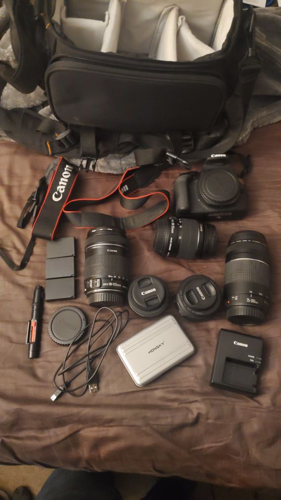 Canon Rebel T5, 5 lenses, SD cards, batteries, and carrying case