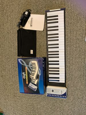 "Like ""NEW"": iSoft 49- Key Portable Piano for Sale in Chippewa Falls, WI"