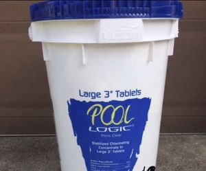 Swimming pool chlorine tablets 3 inch for Sale in Richardson, TX