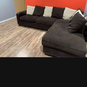 sofas in good condition for Sale in Upper Marlboro, MD