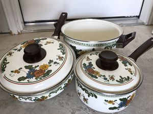 5 piece pot set for Sale in Hutto, TX