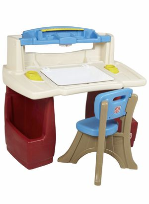 Step 2 Deluxe Art Master Kids Desk for Sale in New York, NY