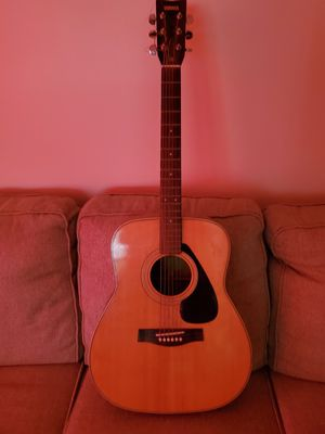 Yamaha guitar for Sale in Pataskala, OH