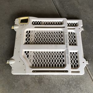 Baby Gate FREE for Sale in Roseville, CA