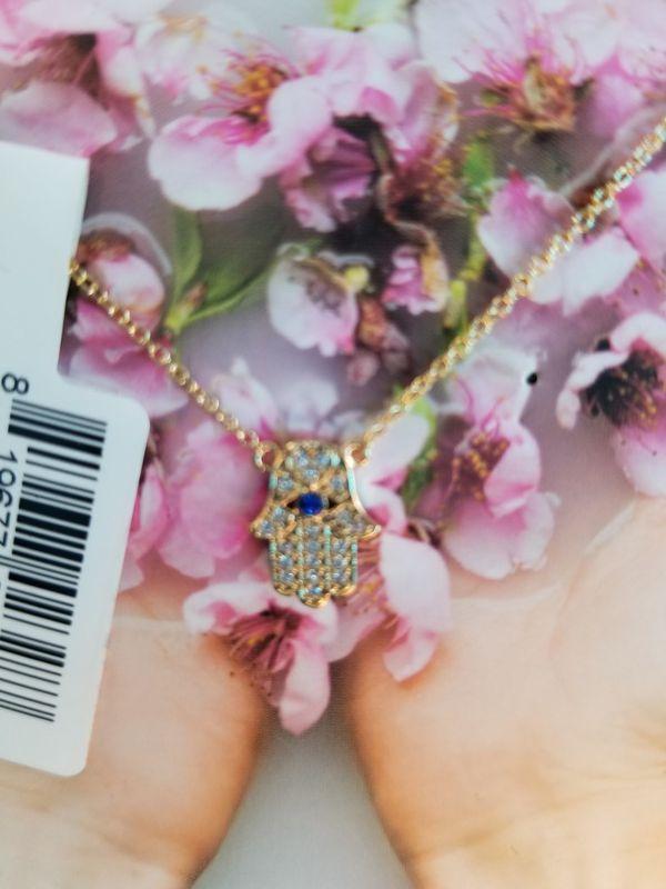 /Kit•sch/ necklace set