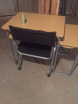 Study desk for Sale in Wichita, KS