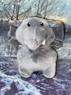 """Animal Adventure baby elephant 7"""" plush for Sale in Lakewood, CA"""