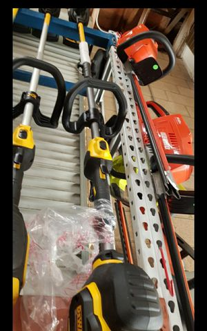 DEWALT FLEX VOLT BRUSHLESS 60V STRING TRIMMER TOOL ONLY BRAND NEW for Sale in San Bernardino, CA