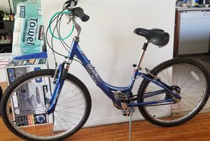 Diamondback hyprid/road bike for Sale in Monterey Park, CA