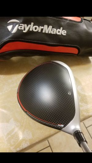 LEFT HANDED! EXCELLENT CONDITION! TAYLORMADE M5 ADJUSTABLE GOLF CLUB DRIVER for Sale in Grand Prairie, TX