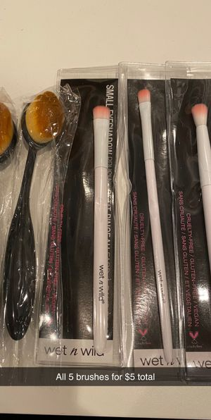Makeup brushes for Sale in Cicero, IL