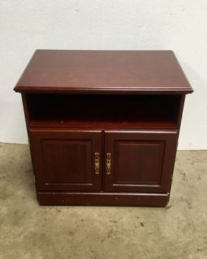 TV Stand with 2 Doors, 1 Shelf for Sale in Chula Vista, CA