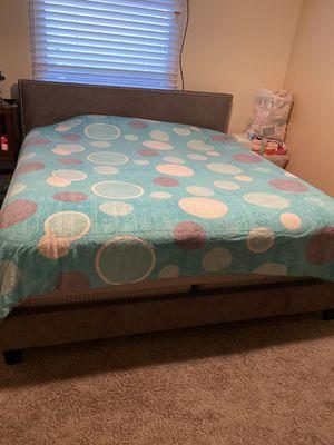 Bed kin size for Sale in Denver, CO