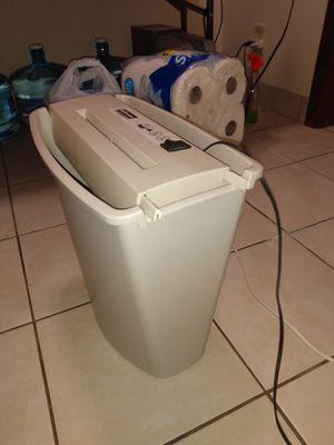 Paper shredder $20 obo for Sale in Lincoln, NE