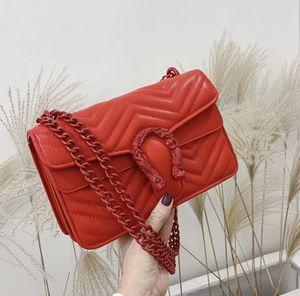 Red handbag for Sale in Savannah, GA