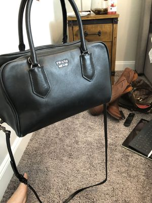 Prada inside out bag for Sale in Richmond, TX