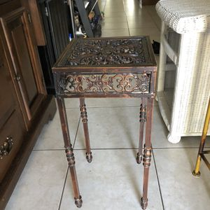 Iron Plant Stand for Sale in Fort Lauderdale, FL