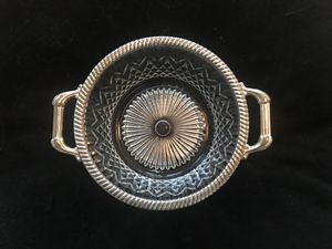 VINTAGE ITALY E.p. ZINC CUT GLASS SILVER PLATED BOWL WITH GADROON EDGE & HANDLES for Sale in Pittsburgh, PA