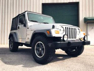 $12OO Only 2OO4 Jeep Wrangler Low Price for Sale in Pierre, SD