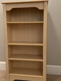 4 Shelf Bookshelf for Sale in Clackamas,  OR