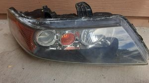Acura TSX right headlight for Sale in Castroville, CA