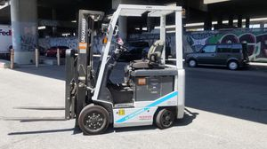 Nissan electric warehouse forklift for Sale in Los Angeles, CA
