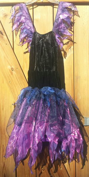 Woman's Halloween costume. Used once. for Sale in Austin, TX