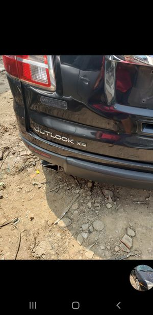 2008 gmc outlook parts bad motor good transmission for Sale in Dallas, TX