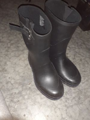 KENNETH COLE REACTION RAIN BOOTS for Sale in Middletown, OH