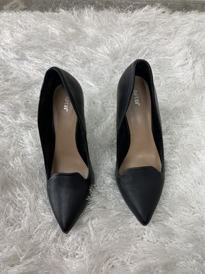 APT.9 Womens Black Heels Size 8 for Sale in Covington, GA