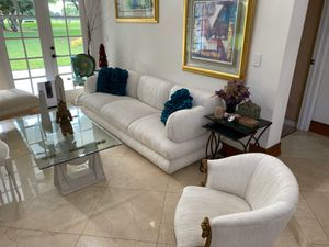 White Couch set sofa chairs for Sale in Miami, FL