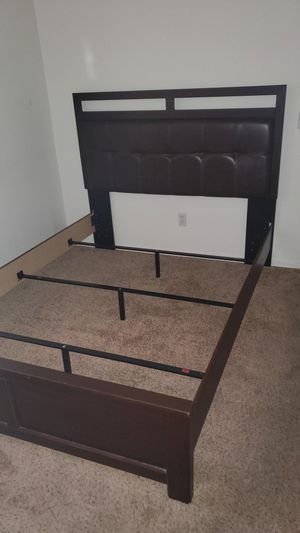 Queen Bed Frame - FREE for Sale in Peoria, AZ