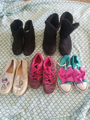 Girls Size 1 Shoes for Sale in La Puente, CA
