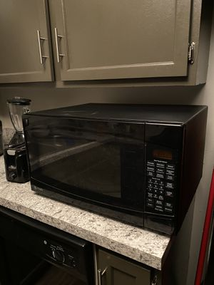 GE Microwave for Sale in Downers Grove, IL
