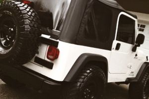 By owner03 Jeep Wrangler premium sound!! for Sale in Raleigh, NC