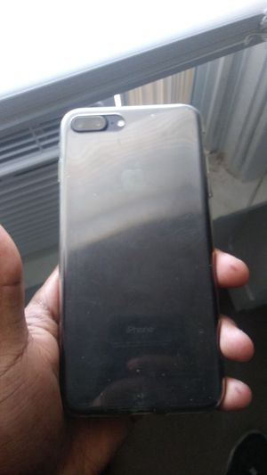 Iphone 7+ no scratches just like brand new for Sale in Parma, OH