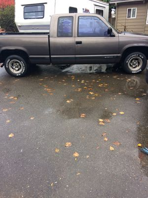 1991 Chevy pick up short bed extended cab .v6.5speed for Sale in Renton, WA